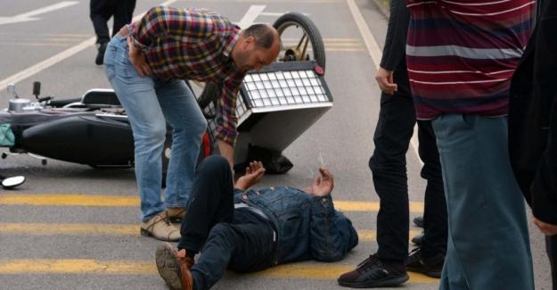 Kulu'da Afganların İçinde Bulunduğu Otomobil Takla Attı: 5 Yaralı