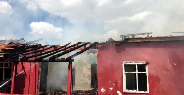 Kulu'da 'da ev yangını