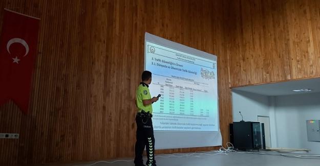 Kulu'da Öğretmenlere Trafik Eğitimi Verildi