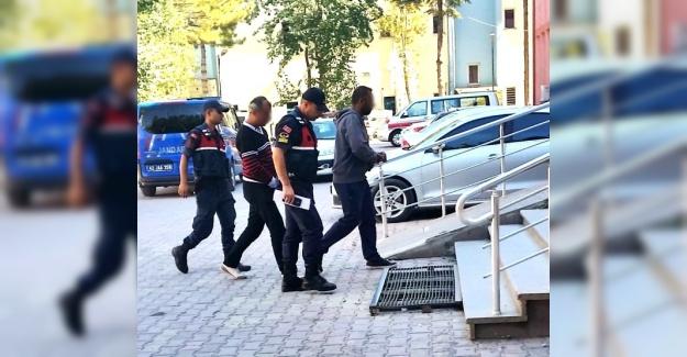 Tır üzerindeki otomobilde uyuşturucu ele geçirildi: 1 tutuklama