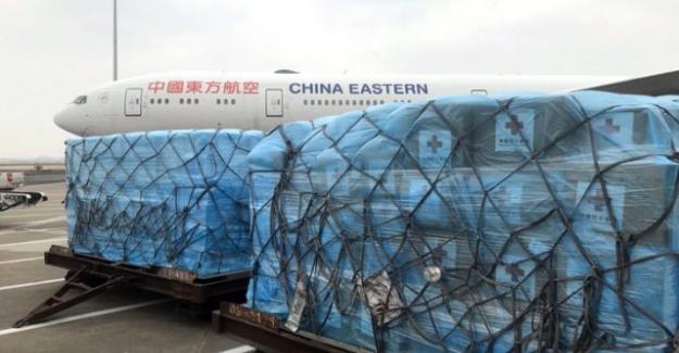 Çinli uzmanlar, İtalya'daki salgını bitirmek için harekete geçti