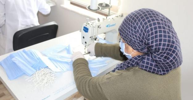 Kulu'da maske üretimine başlandı