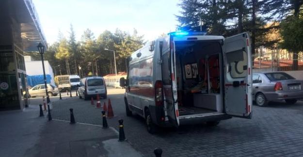 Ömeranlı Mahallesinde  ATV motoru duvara çarptı: 3 yaralı