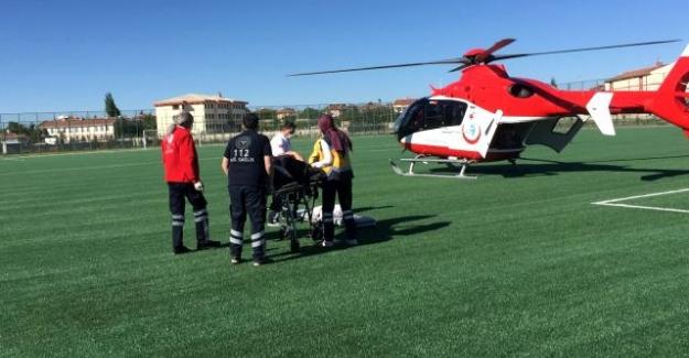 Kulu Yaraşlıda beyin kanaması geçiren kadına hava ambulansı
