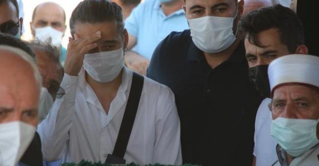 Silahlı saldırıda öldürülen 7 kişinin cenazesi toprağa verildi