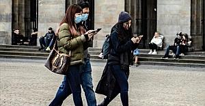 Avusturya, koronavirüs tedbirleri kapsamında 5'ten fazla kişinin bir araya gelmesini yasakladı
