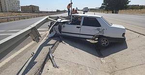 Kulu'da refüje çarpan otomobil sürücüsü yaralandı