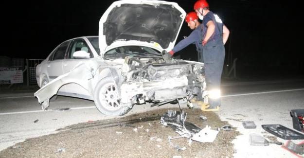 Kulu'da hafif ticari araç ile otomobil çarpıştı: 1 yaralı